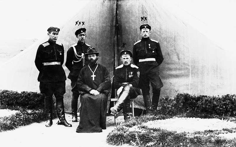 Штаб Корниловсеого ударного полка..jpg