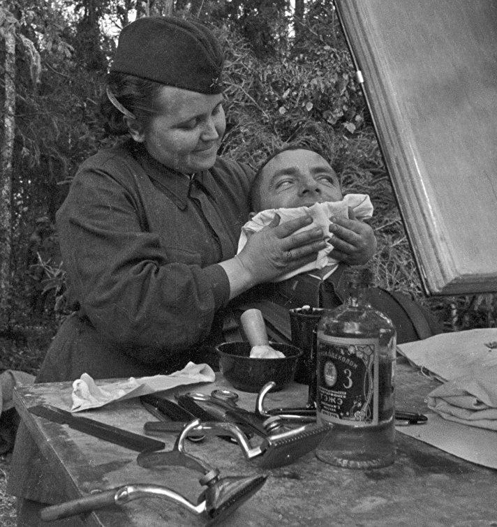 Солдаты моются онлайн фото 120-923