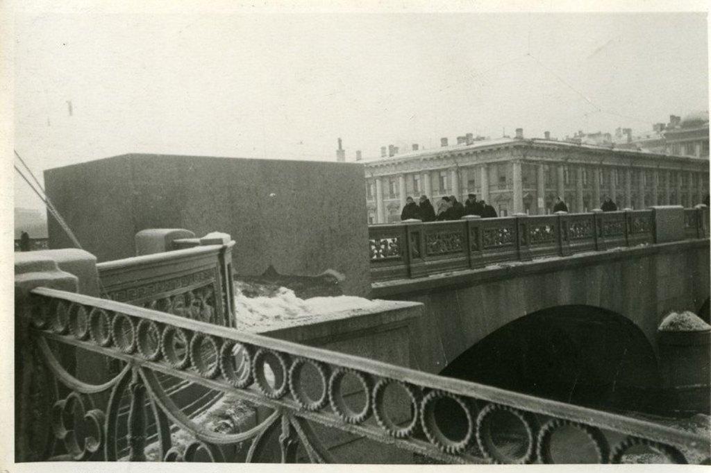 некоторое повреждения фото мостов в блокаде ленинграда рекламная