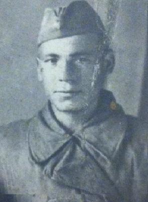 Глазков Ефим Никитович (1905г - 10.1943г.).